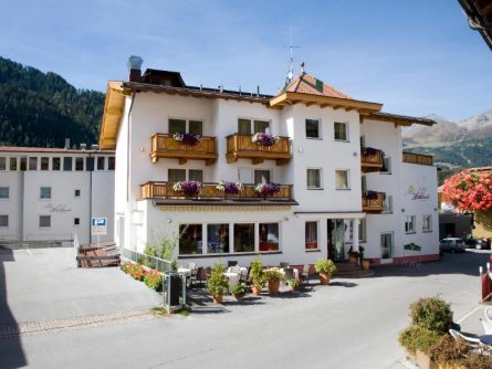 hotel hochland nauders (1)