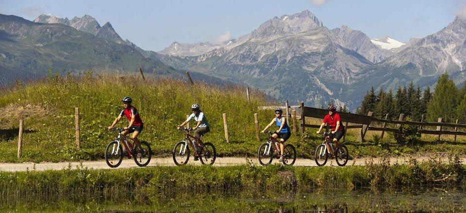 fietsen montafon sankt gallenkirch osterreich werbung udo bernhart