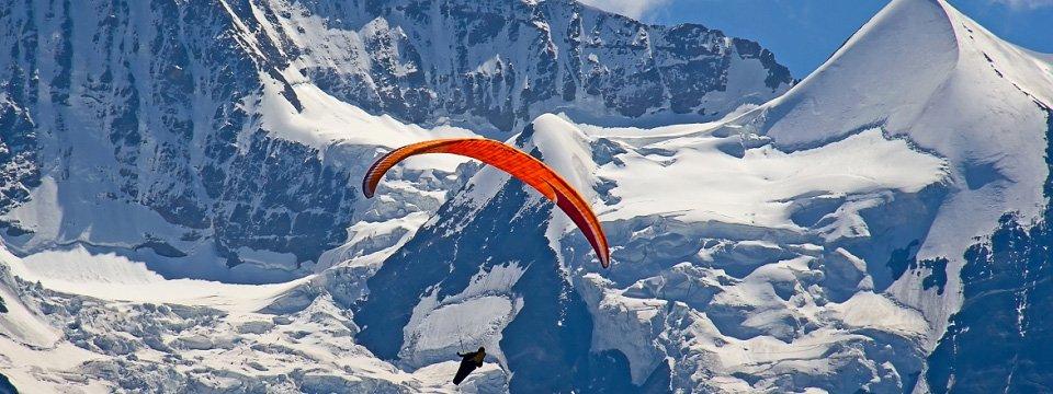 paragliding zwitserse alpen