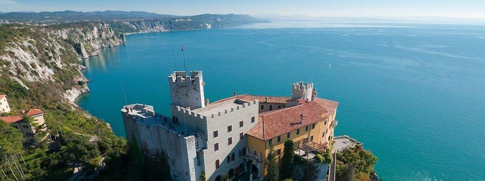 alpe adria trail kasteel duino kaernten werbung by marco milani