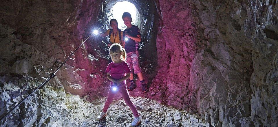 pot proti klemenci jami logarska dolina