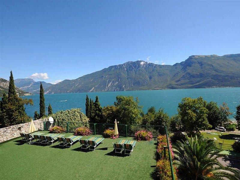 Vakantie Hotel Alexander in plaatsen rond het Gardameer (Gardameer, Italië)