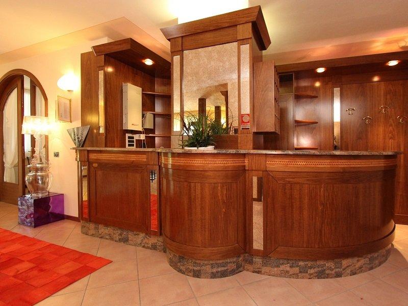 Vakantie Hotel Garni Al Poggio in plaatsen rond het Gardameer (Gardameer, Italië)