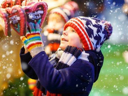 wiener christkindlmarkt kind kerstmarkt wenen