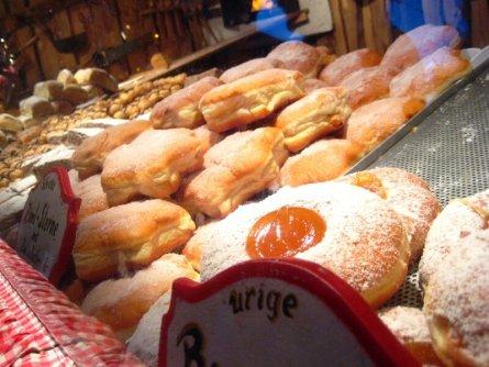 wiener rathausplatz weihnachtsmarkt kerstmarkt wenen donuts