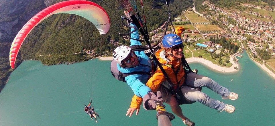 paragliding molveno