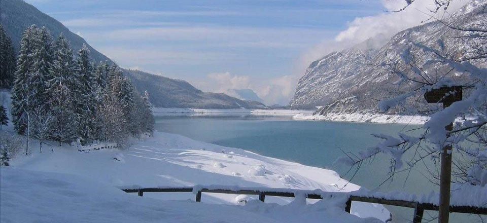 winter molveno trentino italië