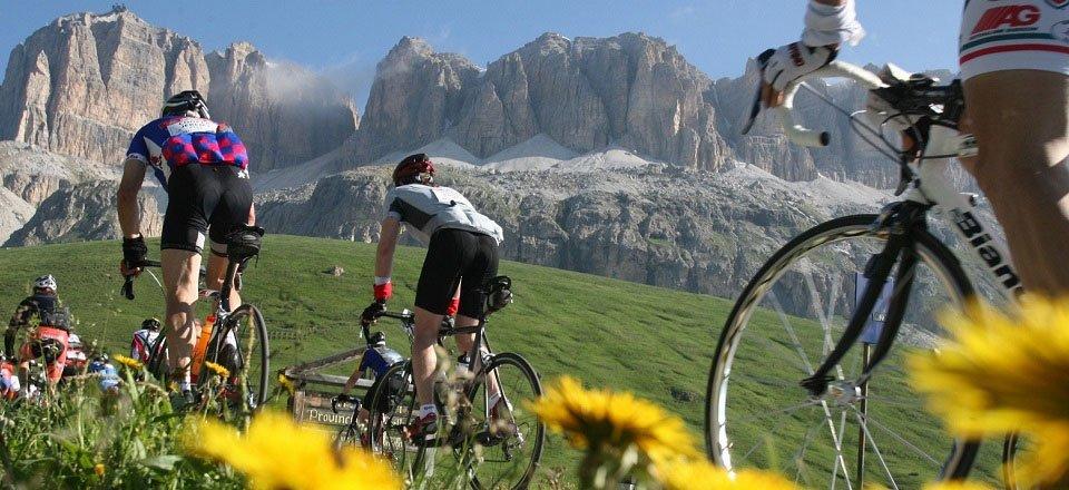 sella ronda bike day wielrennen val gardena dolomieten