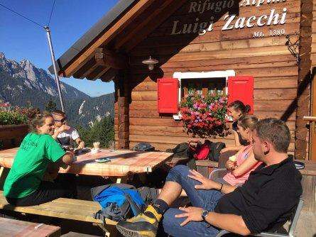 alpe adria trail rifugio zacchi berghut