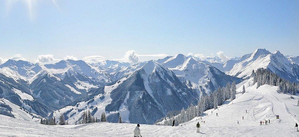 saalbach salzburgerland oostenrijk oostenrijkse alpen