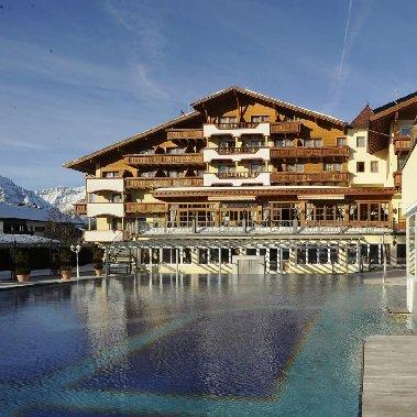 familie en spa resort alpenpark seefeld in tirol vakantie oostenrijk oostenrijkse alpen wintersport
