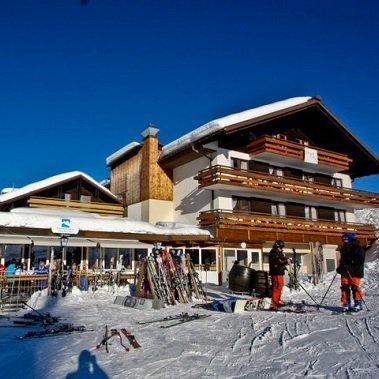 hotel alpenhotel garfrescha st gallenkirch voralberg vakantie oostenrijk oostenrijkse alpen wintersport