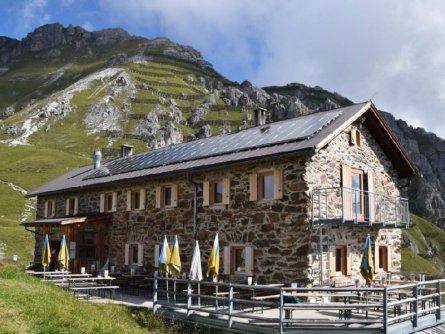 huttentocht stubaier höhenweg vakantie oostenrijk oostenrijkse alpen e1 starkenburger hütte (3)