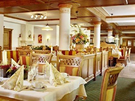 lifthotel kirchberg tirol vakantie oostenrijk oostenrijkse alpen restaurant