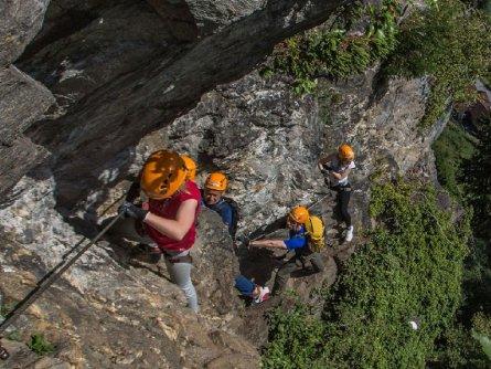 actieve vakantie avontuur family via ferrata outdoor active zillertal vakantie oostenrijk oostenrijkse alpen