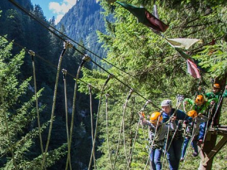 actieve vakantie avontuur family high ropes course ibex tour outdoor active zillertal vakantie oostenrijk oostenrijkse alpen