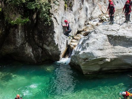 actieve vakantie canyoning outdoor active zillertal vakantie oostenrijk oostenrijkse alpen