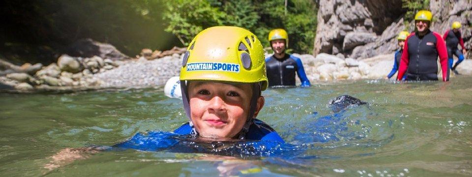 avontuur family canyoning outdoor active zillertal vakantie oostenrijk oostenrijkse alpen