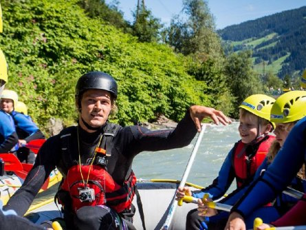 actieve vakantie rafting outdoor active zillertal vakantie oostenrijk oostenrijkse alpen