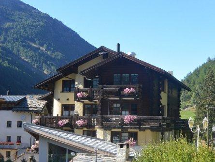 hotel bargsunnu saas grund wallis zomer (5)