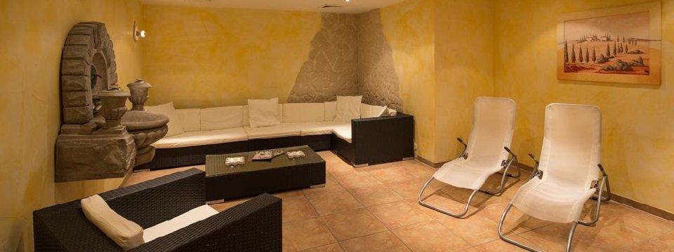 hotel alpenhotel garfrescha sankt gallenkirch gaschurn voralberg vakantie oostenrijk oostenrijkse alpen  (12)