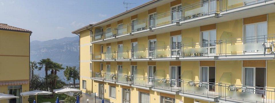 hotel drago brenzone sul garda gardameer (1)