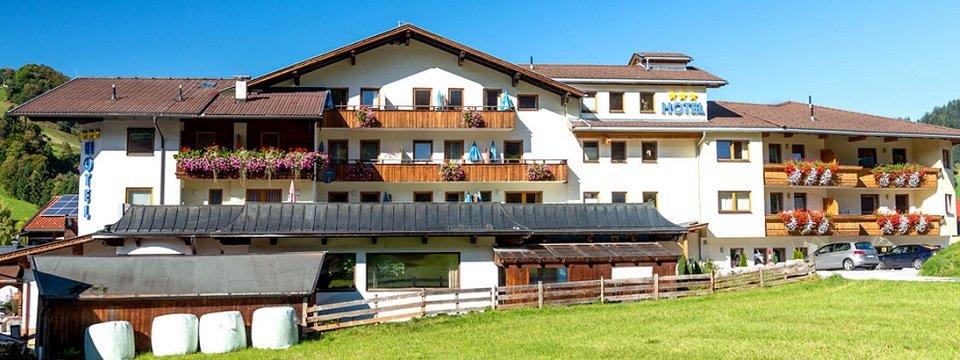 hotel schneeberger niederau tirol (2)