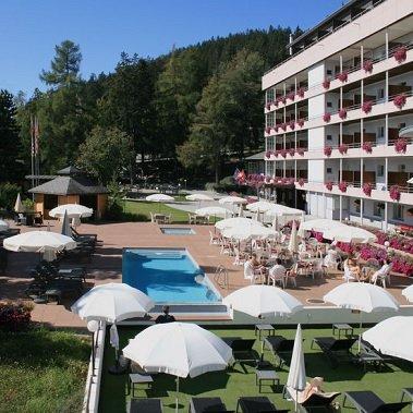 hotel valaisia crans montana wallis vakantie zwitserland zwitserse alpen