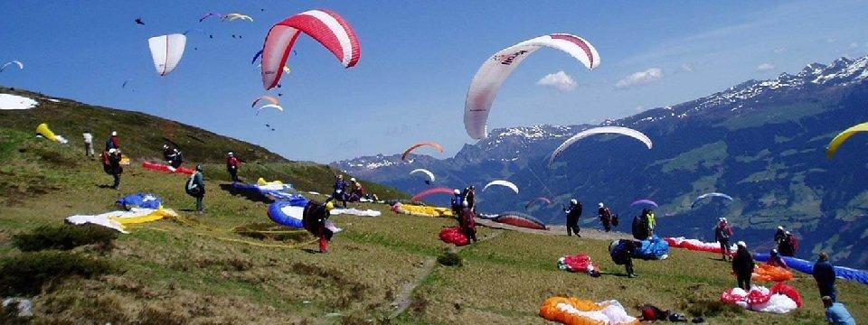 tandem paragliding in het zillertal tirol mayrhofen fuegen vakantie oostenrijk oostenrijkse alpen activiteit (17)