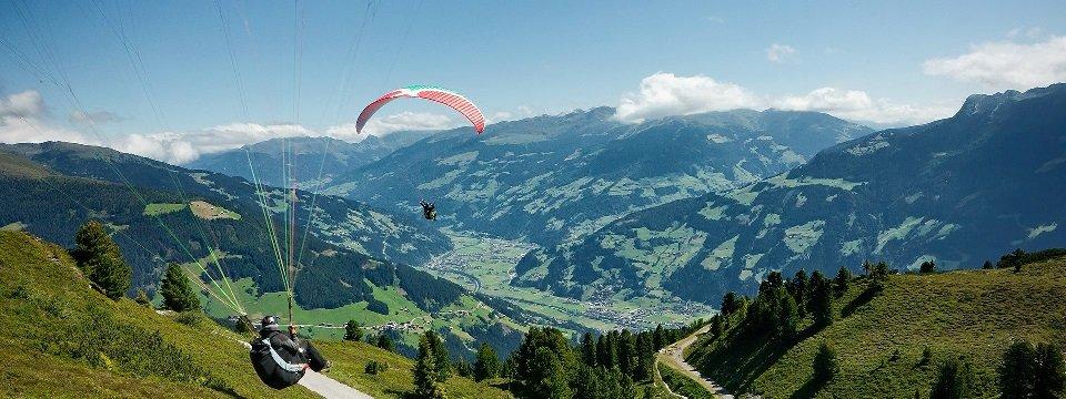 tandem paragliding in het zillertal tirol mayrhofen fuegen vakantie oostenrijk oostenrijkse alpen activiteit (21)