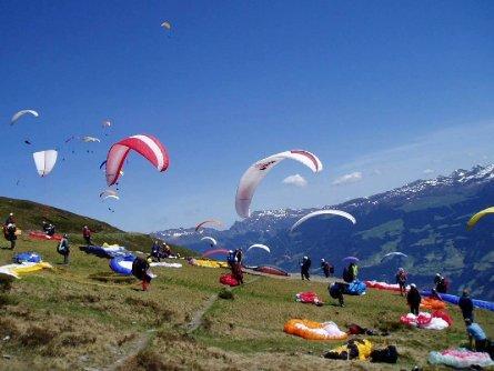 tandem paragliding in het zillertal tirol mayrhofen fuegen vakantie oostenrijk oostenrijkse alpen activiteit (3)