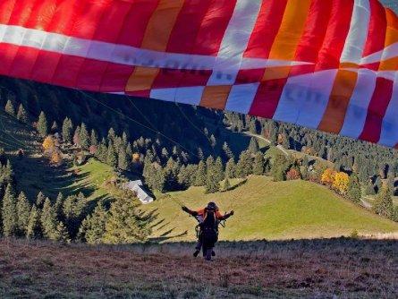 tandem paragliding in het zillertal tirol mayrhofen fuegen vakantie oostenrijk oostenrijkse alpen activiteit (4)