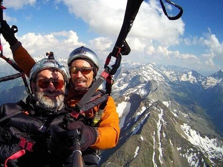 tandem paragliding in het zillertal tirol mayrhofen fuegen vakantie oostenrijk oostenrijkse alpen activiteit (2)