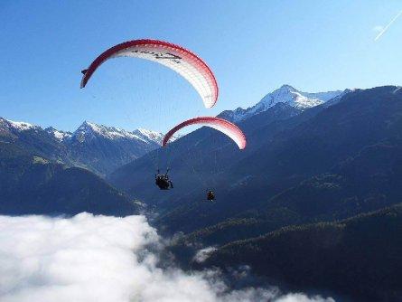 tandem paragliding in het zillertal tirol mayrhofen fuegen vakantie oostenrijk oostenrijkse alpen activiteit (5)