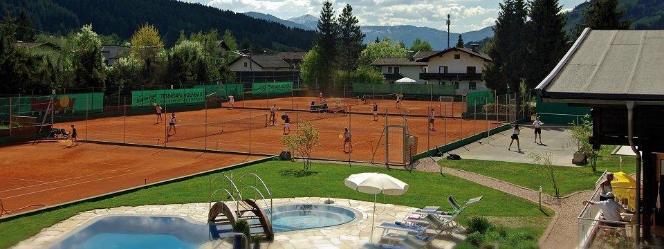 hotel sporthotel brixen im thale tirol vakantie oostenrijk oostenrijkse alpen (16)