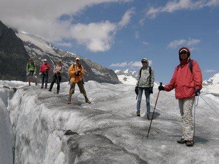 actieve vakantie gletsjertrekkings aletsch gletsjer trekking vakantie zwitserland (30)
