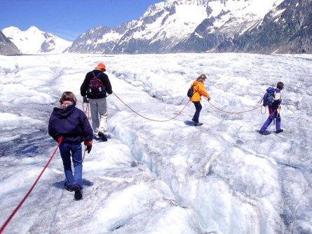 actieve vakantie gletsjertrekkings aletsch gletsjer trekking vakantie zwitserland (10)