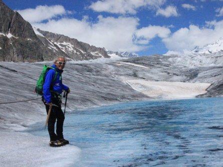 actieve vakantie gletsjertrekkings aletsch gletsjer trekking vakantie zwitserland (12)