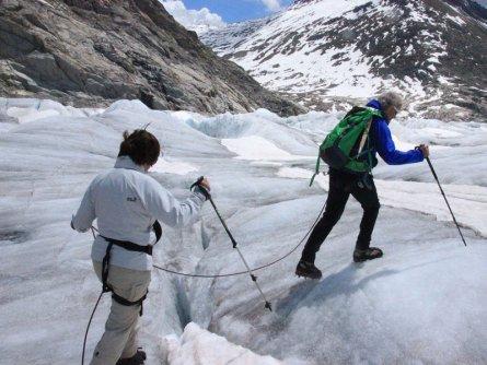 actieve vakantie gletsjertrekkings aletsch gletsjer trekking vakantie zwitserland (16)