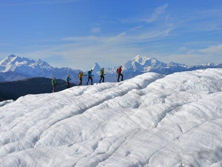 actieve vakantie gletsjertrekkings aletsch gletsjer trekking vakantie zwitserland (17)