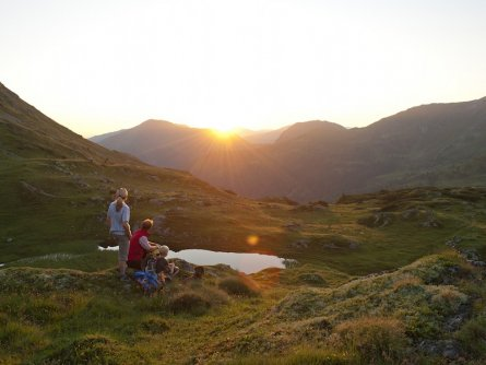 alpe adria trail huttentocht etappe 15 (2) sonnenaufgang am pfannsee