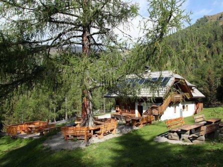 alpe adria trail huttentocht etappe 15 (6) larchenhütte