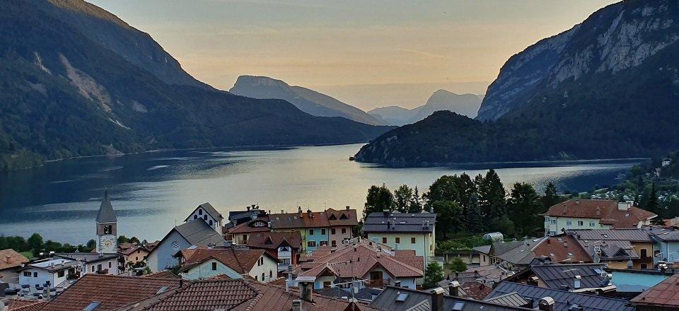 meer van molveno trentino italiaanse alpen italie (2)