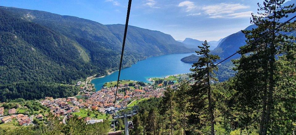 meer van molveno trentino italiaanse alpen italie (4)
