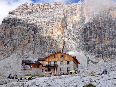 brenta dolomiti trail huttentocht dolomieten val di sole actieve vakantie italie italiaanse alpen rifugio alimonta berghut 2