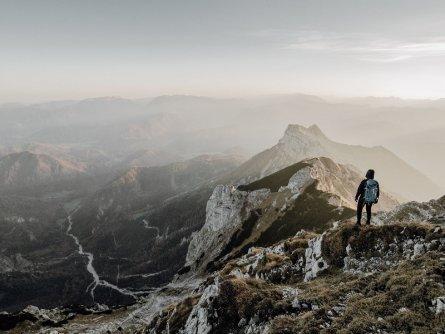 lynx trail meerdaagse wandeltocht oostenrijk oostenrijkse alpen etappe 7 im gipfelbereich des tamischbachturms