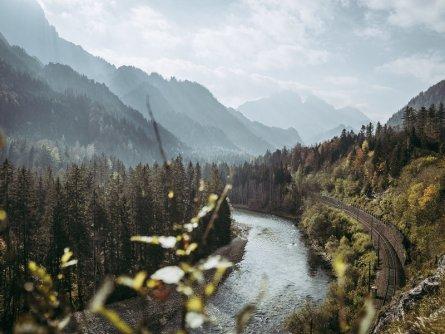 lynx trail meerdaagse wandeltocht oostenrijk oostenrijkse alpen etappe 6 rauchbodenweg mit reichenstein und enns