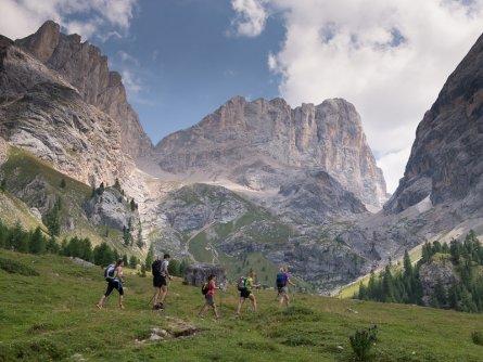 huttentocht val di fassa dolomieten trentino italiaanse alpen wandeltocht12