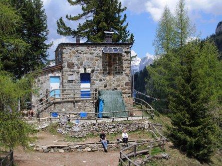 huttentocht val di fassa dolomieten trentino italiaanse alpen wandeltocht (19)