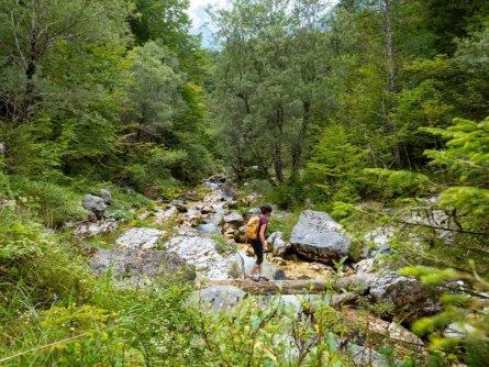 juliana trail etapa15 log pod mangartom cave del predil 19 (mitja sodja)
